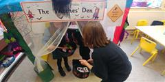 October Aistear in Senior Infants -The Witches